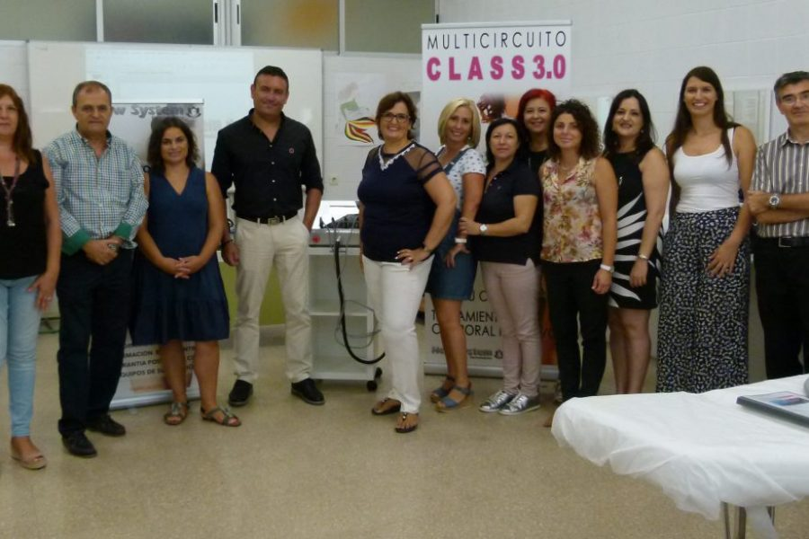 New System dona al CIFP Hespérides de Cartagena un nuevo aparato de electroestética